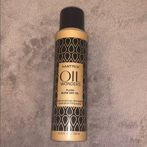 Matrix Oil Wonders Flash Blow Dry Oil